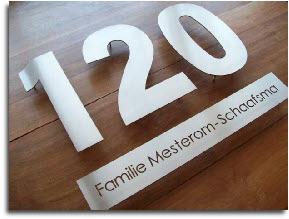 Naamborden en huisnummers design voor een scherpe prijs for Huisnummerbord maken